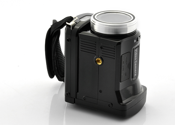 5MP Digital Camcorder (720P, 30FPS, 1280 x 720 Video Out)