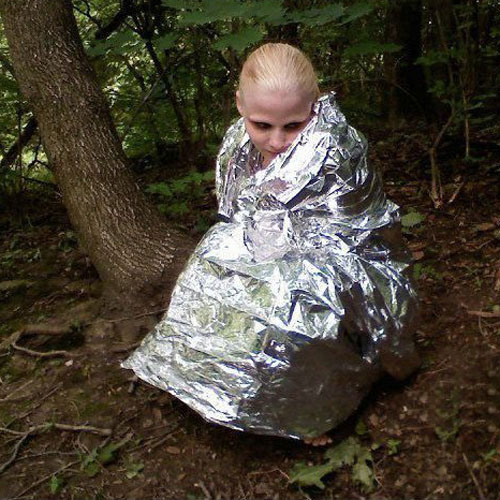out survival blanket a