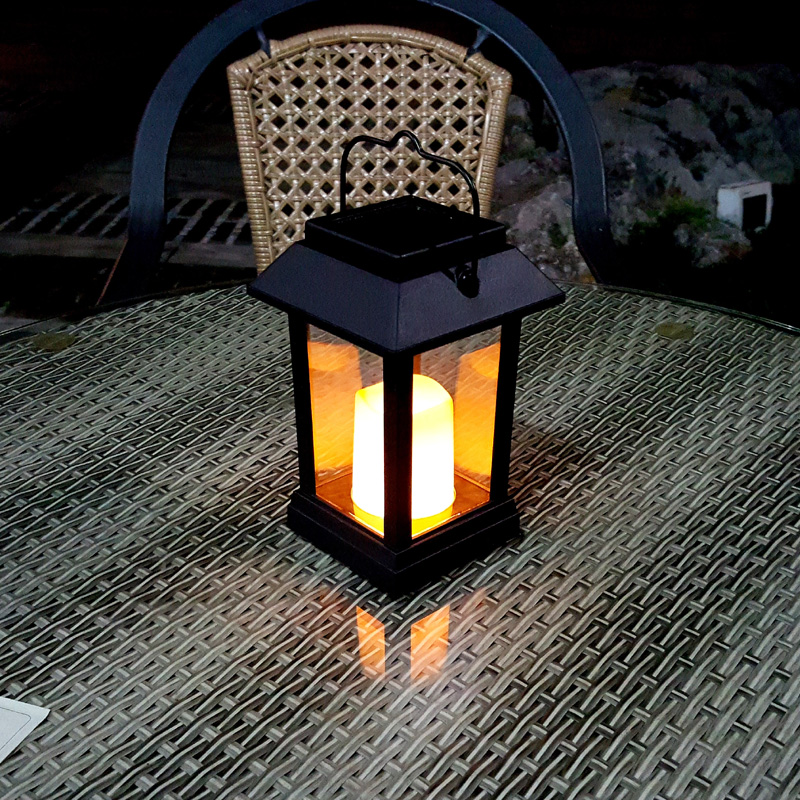Wholesale Candle Effect Solar Lantern (IP44 Waterproof, Intelligent Light Control)