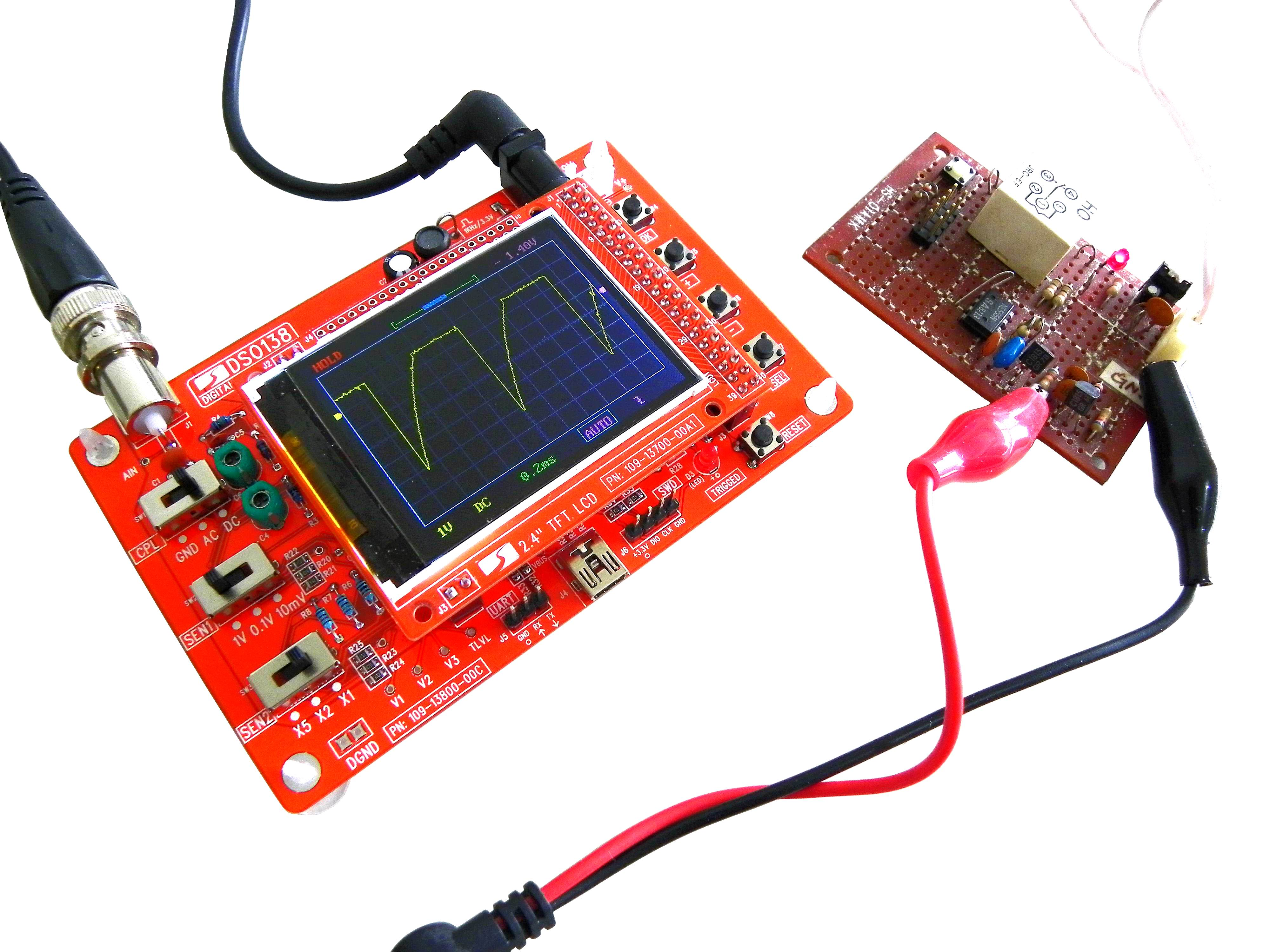 Wholesale DIY Handheld Oscilloscope (1 Channel, 200KHz, 50Vpk, 2.4 Inch Color Display, Open Source Code)