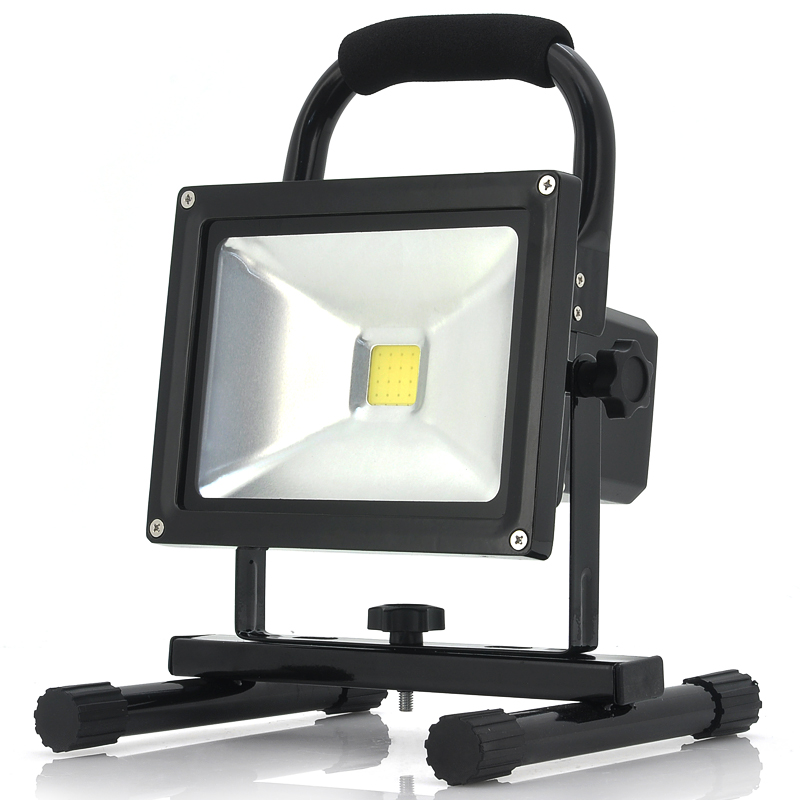 Wholesale Portable Outdoor Camping LED Light (IP65 Waterproof, 1500 Lumens, 8800mAh, Lightweight)