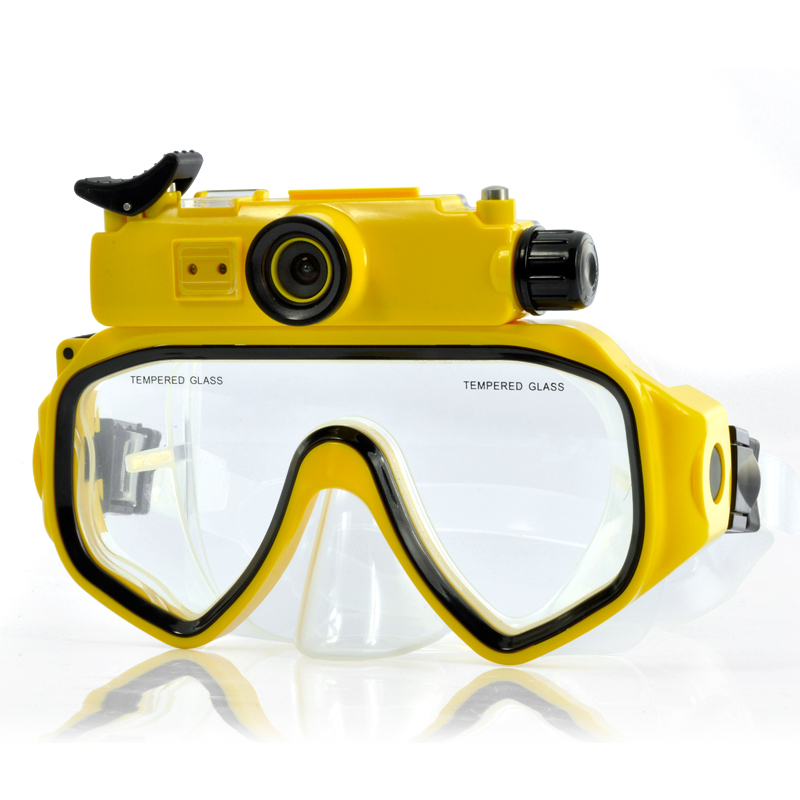 images/electronics-buy-2013/Underwater-Scuba-Mask-DVR-HD-720p-Wide-Angle-Lens-8GB-Memory-plusbuyer.jpg