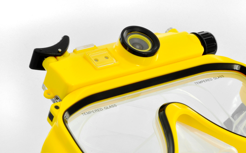 Underwater Scuba Mask with Detachable 720p HD DVR (Wide Angle Lens, 8GB, Yellow)