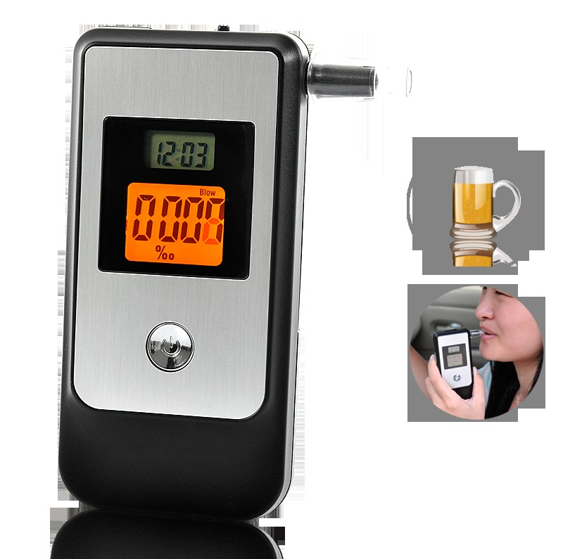 images/electronics-wholesale/Breathalyzer-with-Retractable-Mouthpiece-and-Dual-LCD-display-plusbuyer.jpg