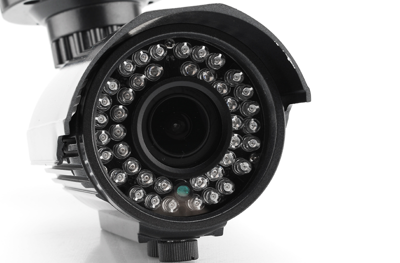 Night Vision 1080p Outdoor IP Camera (H.264, 1/4 Inch CMOS, 42 LEDs)