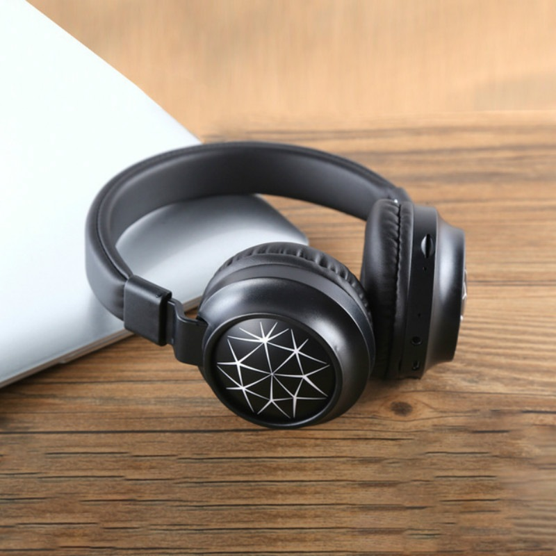 Wholesale MS-K21 Foldable Wireless Bluetooth 5.0 Headphones Stereo Headset Adjustable Earphone with Magic Light, Microphone - White