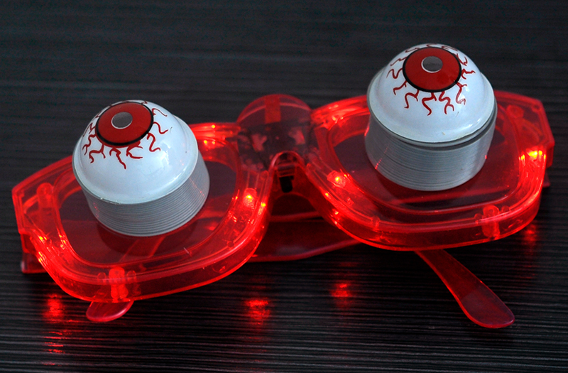 images/wholesale-buy/LED-Flashing-Halloween-Glasses-Bobble-Eyes-6-LEDs-Red-plusbuyer_4.jpg