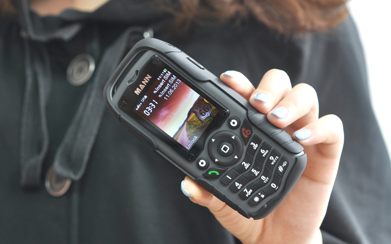 Mann Zug 1 Rugged Dual Sim Cell Phone